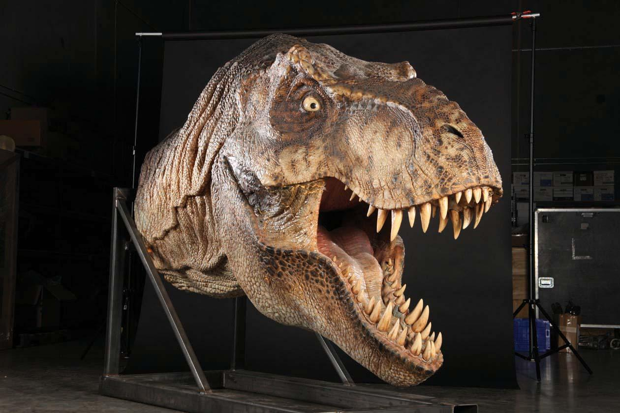 She s back original trex to appear in jurassic world for Tyranosaurus rex
