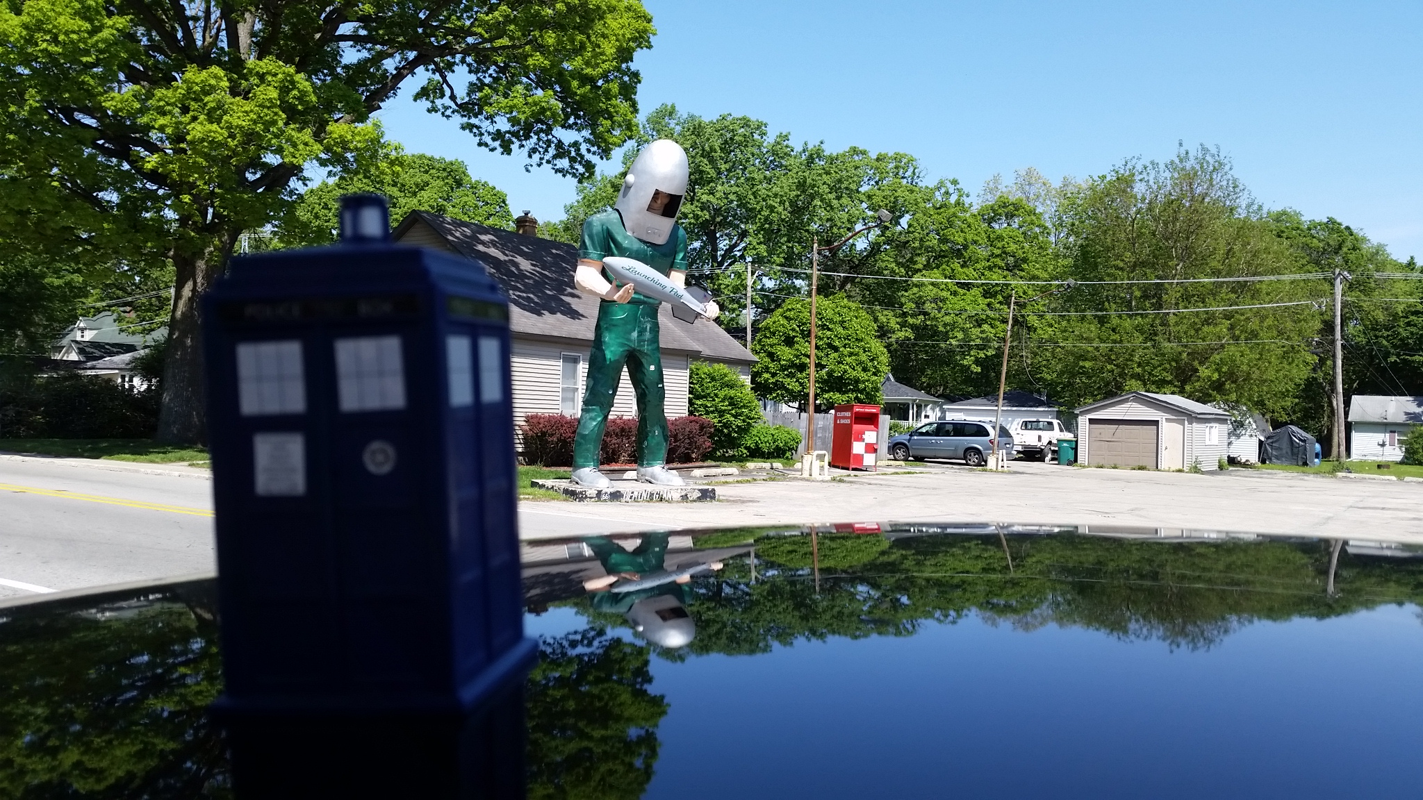 A TARDIS Abroad - Launching Pad Drive-In Wilmington Illinois Route 66